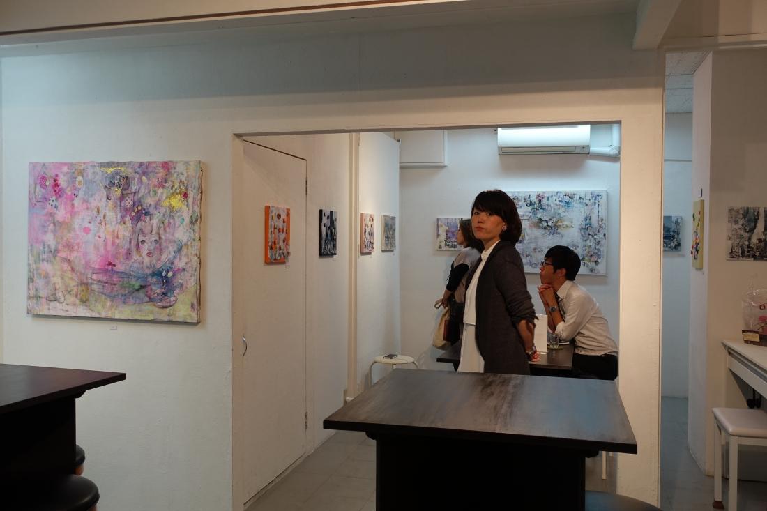 アムリタではmamofuさんの個展を訪ねました。