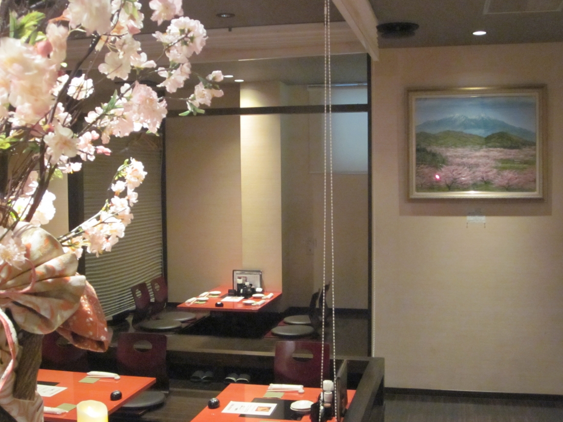 油絵作家:渡辺克宏さん作品展示 大阪市中央区  鶏ダイニングにて