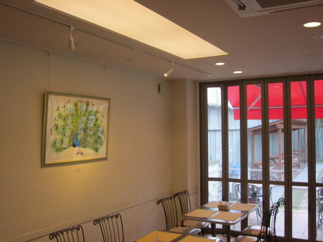 どうぶつ画アーティスト:加藤トシユキさん作品展示 大阪府吹田市ドックカフェにて