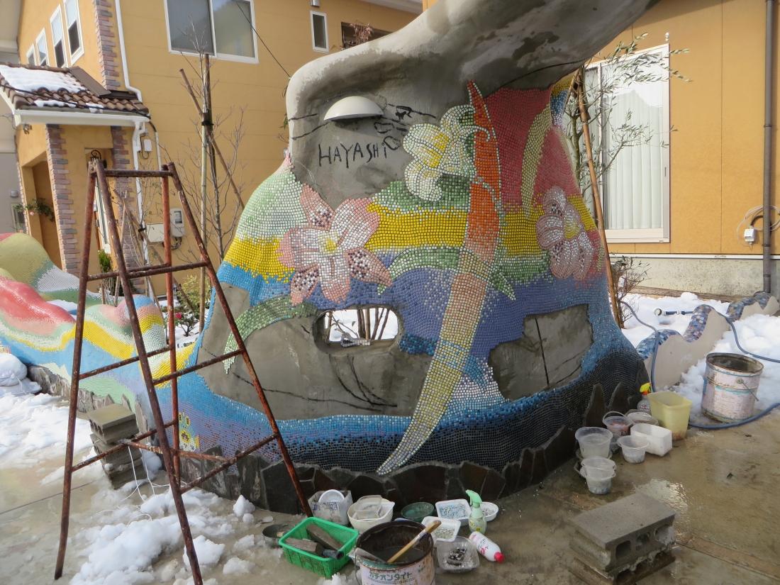 石川県白山市「モザイクガーデン白山」作成中の写真・・・既に完成しています