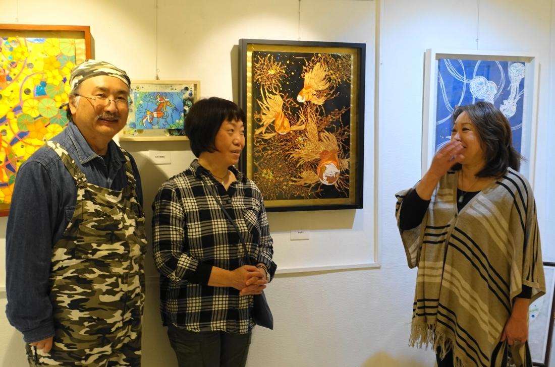 内田勝美個展の様子はこのホームページの「展覧会情報」から見ることができます。