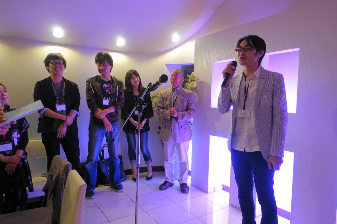 「水都の風」展出品者のスピーチ。左から小畑亮平、鷲見綱一、瀧本 綾、田中敬二、スピーチ中の吉武弘樹の各氏